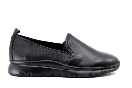 δερμάτινα μαύρα ανατομικά Loafers FRAU