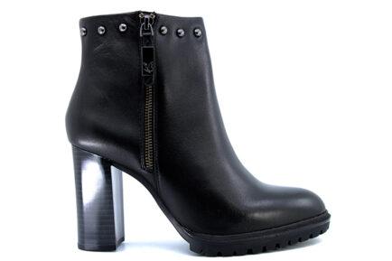 caprice booties