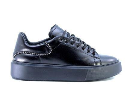 sneakers black frau